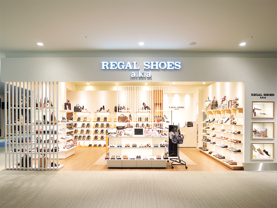 REGAL SHOES_富士見_ファサード01軽