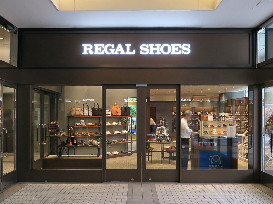 REGAL SHOES 秋田店